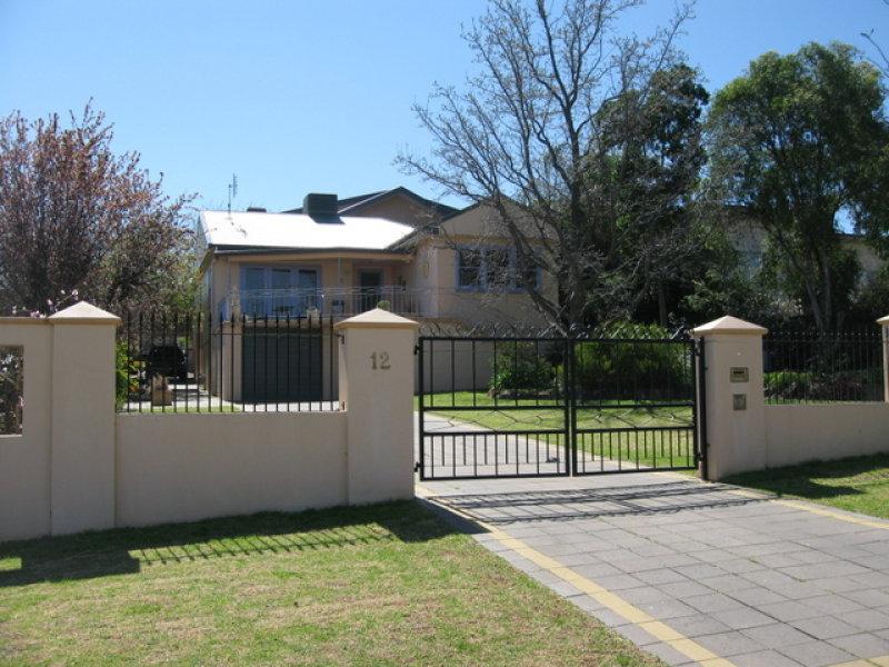 12 Boazman Avenue, Parkes