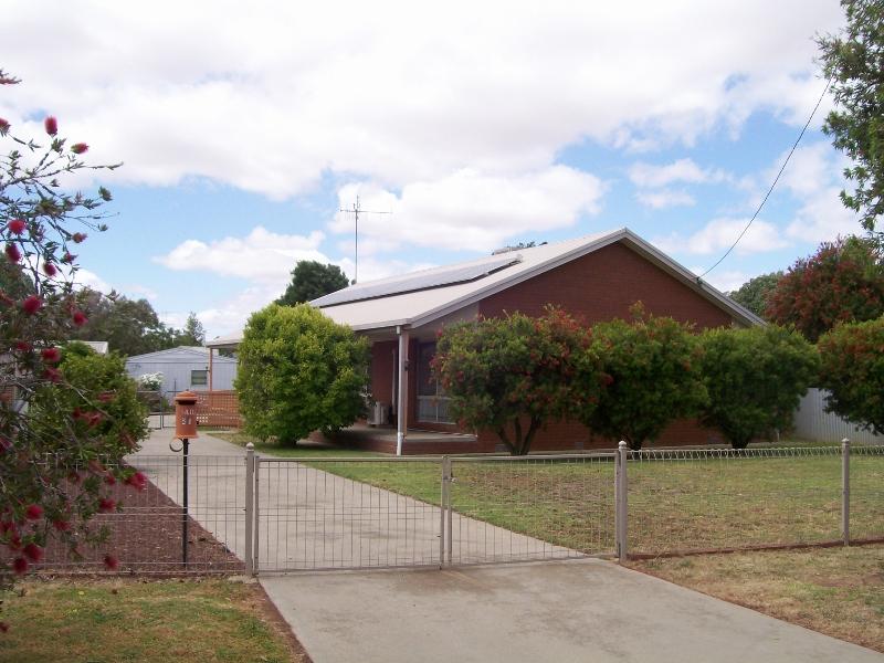 26 Davis St, Berrigan, NSW 2712