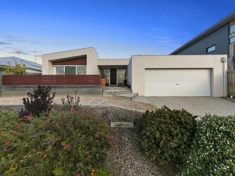 75 Ocean View Crescent, Torquay, Vic 3228