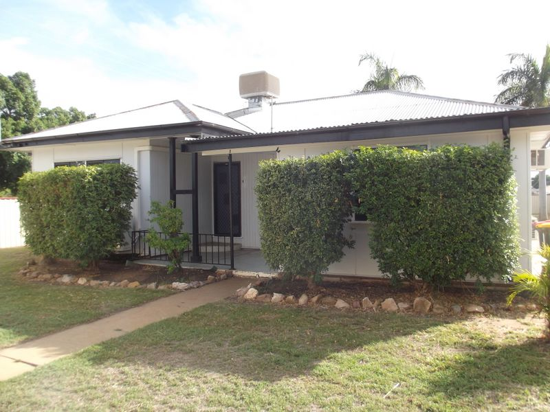 36 French Street, Clermont, Qld 4721