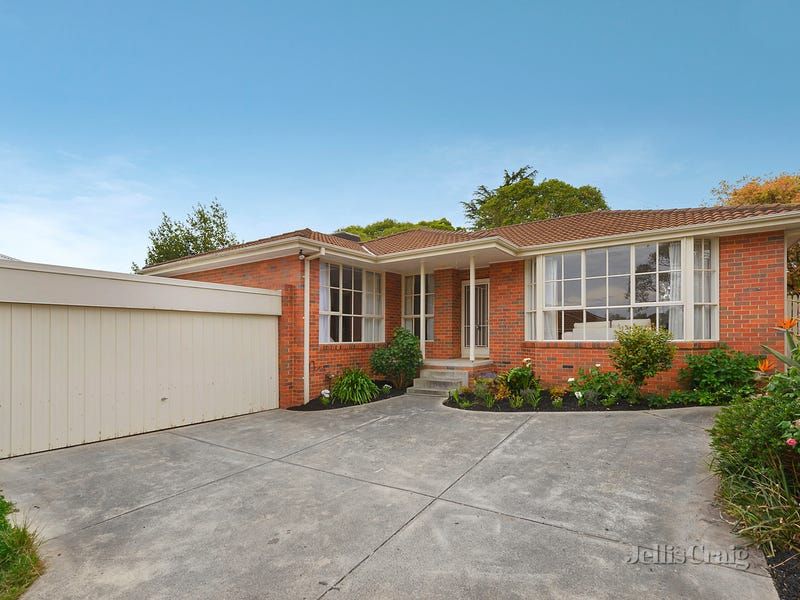 2/9 Hamilton Avenue, Blackburn, Vic 3130