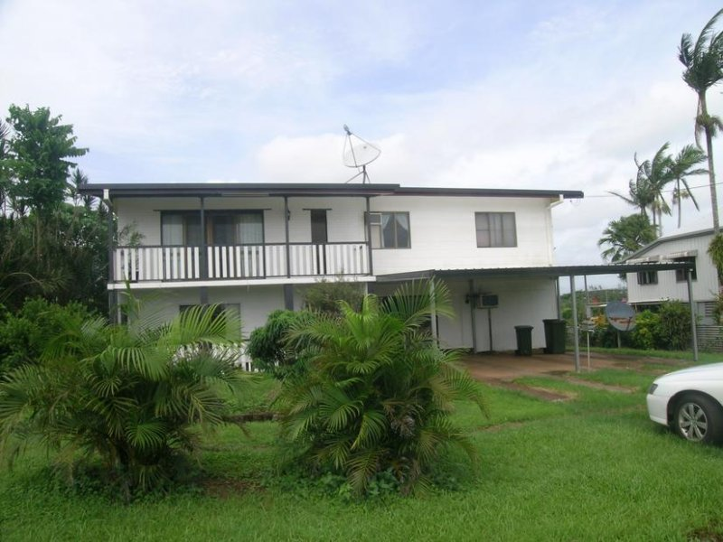7 Middle Avenue, South Johnstone, Qld 4859