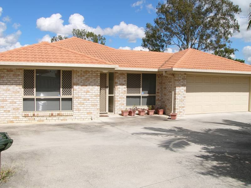 33 Muirfield Crescent, Oxley, Qld 4075