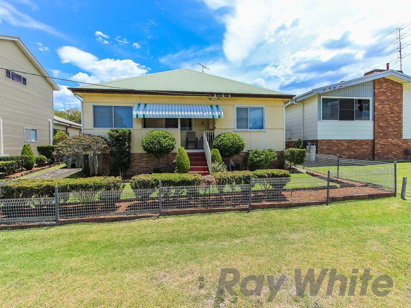 5 Prince Street, Fennell Bay, NSW 2283