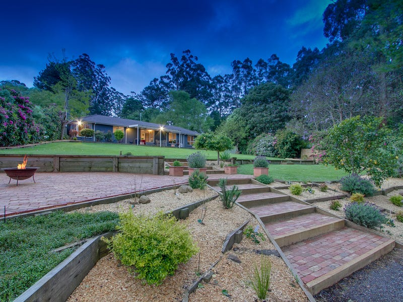 19 Bella Vista Crescent, Olinda, Vic 3788