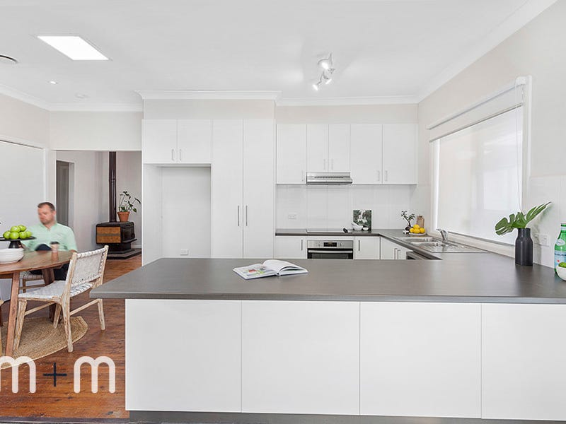 39 Keerong Avenue, Russell Vale, NSW 2517