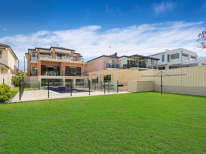 42 Walton Street, Blakehurst, NSW 2221