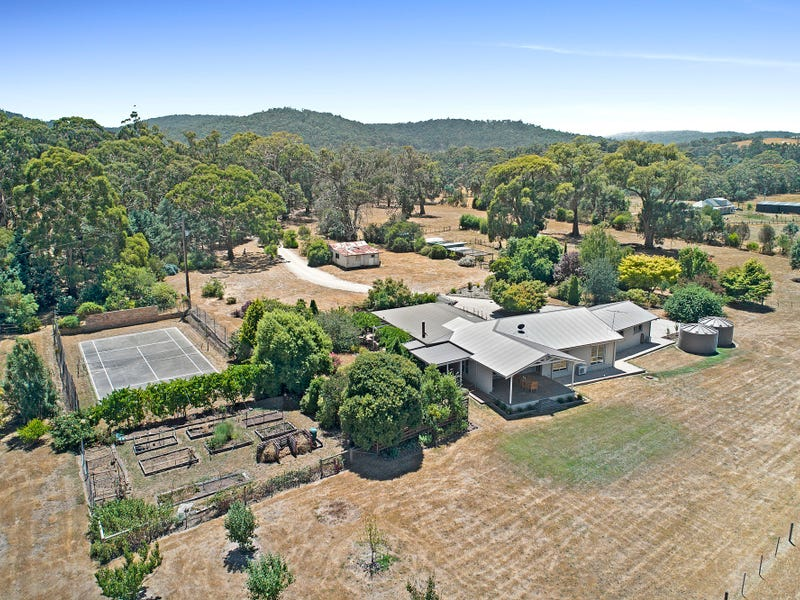 158 Forest Road, Newham, Vic 3442