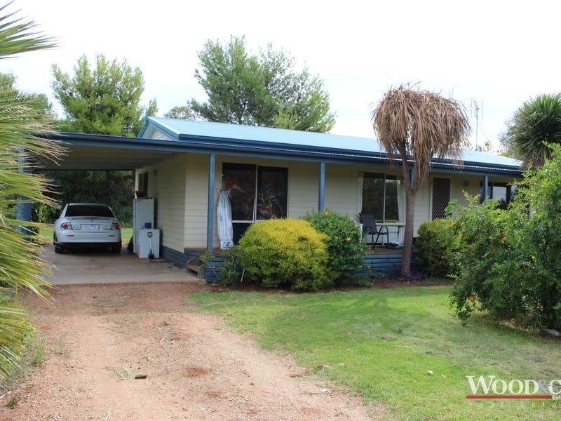1 Inverell Court, Lake Boga, Vic 3584