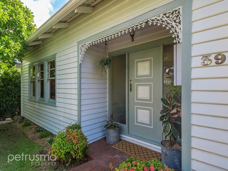 39 Cato Avenue, West Hobart, Tas 7000
