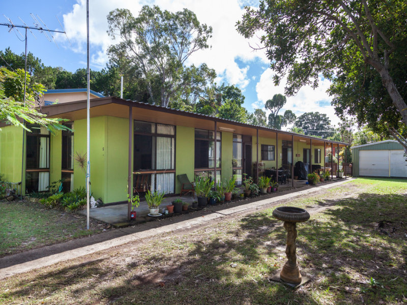 5 Birch Street, Amity Point, Qld 4183