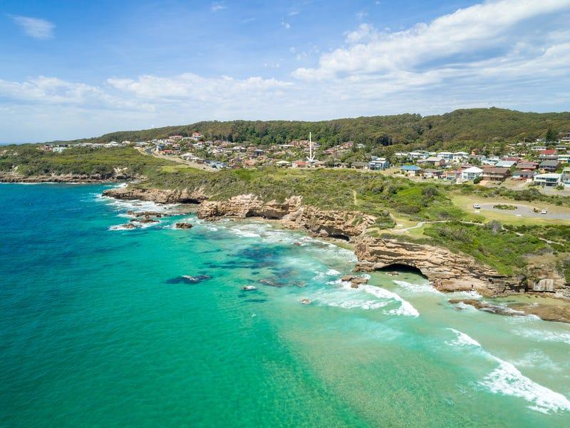 31 Barellan Street, Caves Beach, NSW 2281