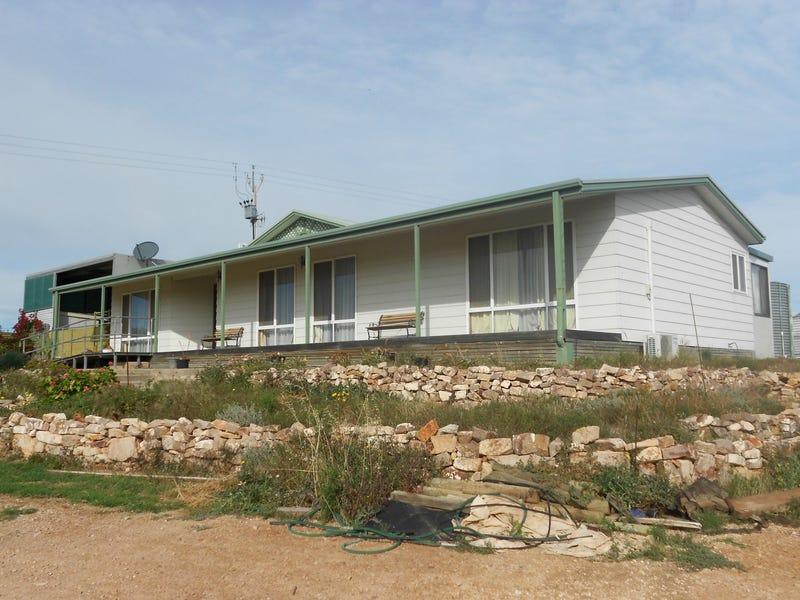 27-29 Mount Ferguson Drive, Weeroona Island, SA 5495