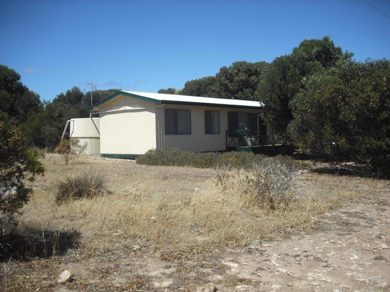 6 Camperdown Terrace, Port Moorowie, SA 5576