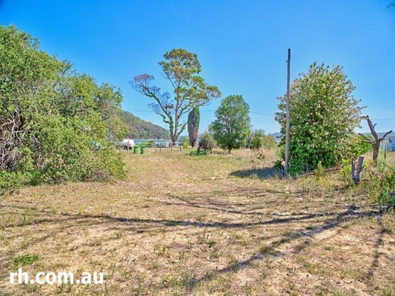 352 Ocean View Road, Ettalong Beach, NSW 2257