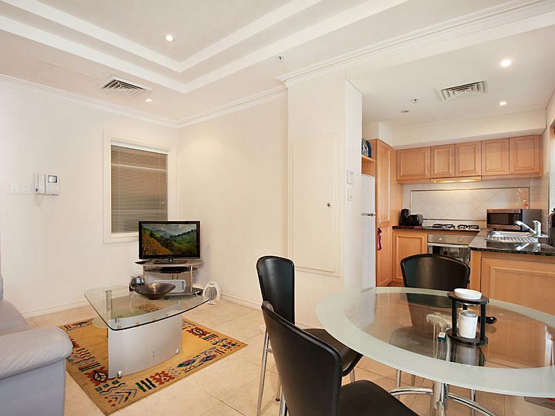 V508/9 Victoria Avenue, Perth, WA 6000