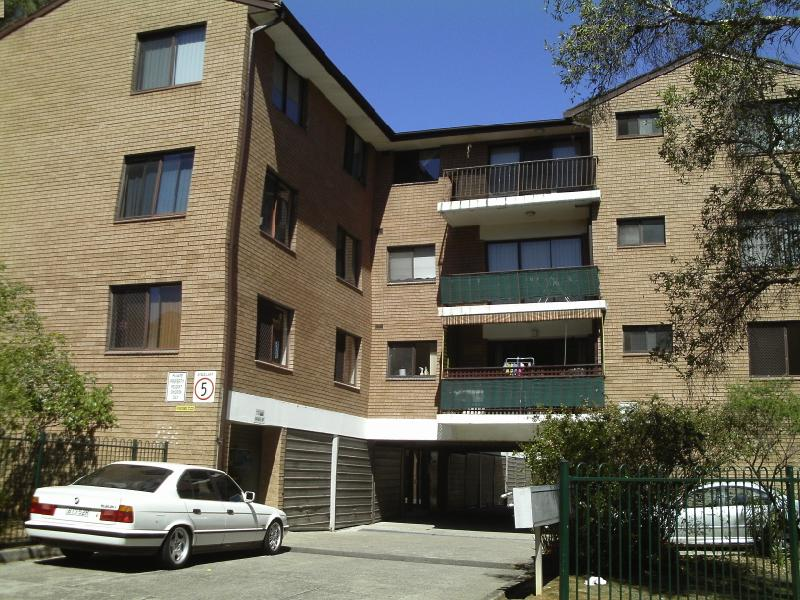 17/6 Beale Street, Liverpool, NSW 2170