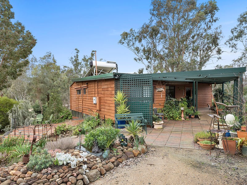 52 Old Ford Road, Redesdale, Vic 3444