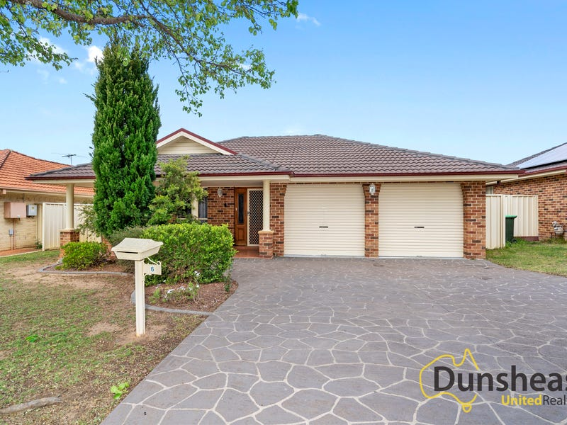 6 Soliano Street, Rosemeadow, NSW 2560