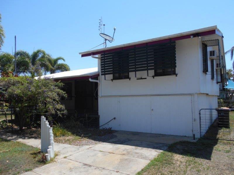 11 Groper Street, Taylors Beach, Qld 4850