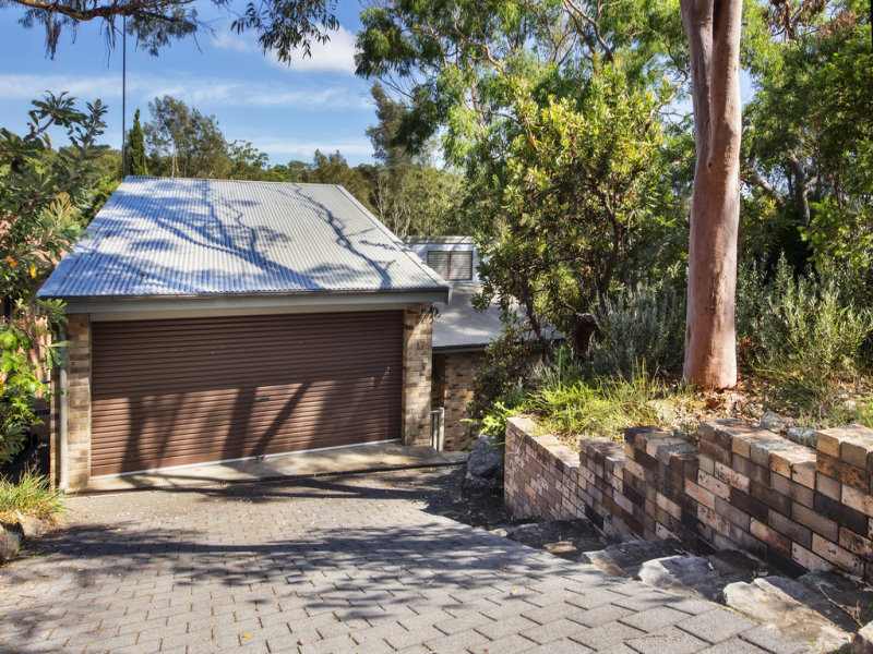17 Gambier Avenue, Sandy Point, NSW 2172