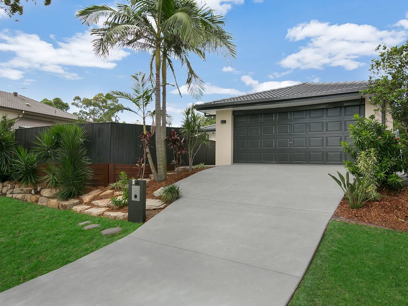 45 Hounslow Way, Seventeen Mile Rocks, Qld 4073