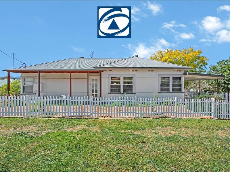 130 Crown Street, West Tamworth, NSW 2340