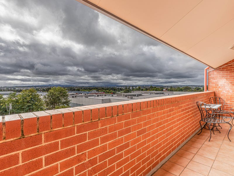 Unit 3 4/108 William Street, Bathurst, NSW 2795
