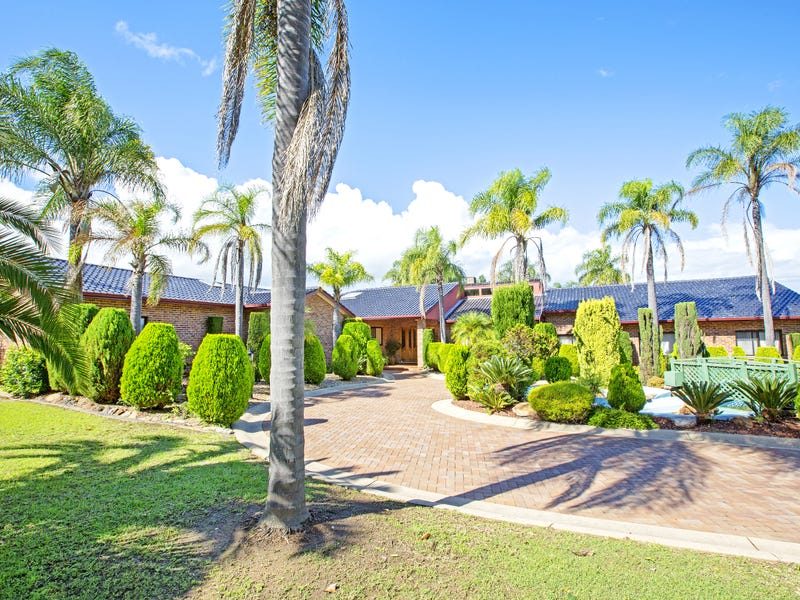 727 Bringelly Road, Rossmore, NSW 2557