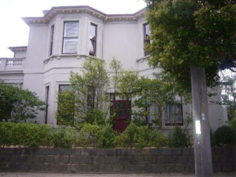 2/1A Maysbury Avenue, Elsternwick, Vic 3185