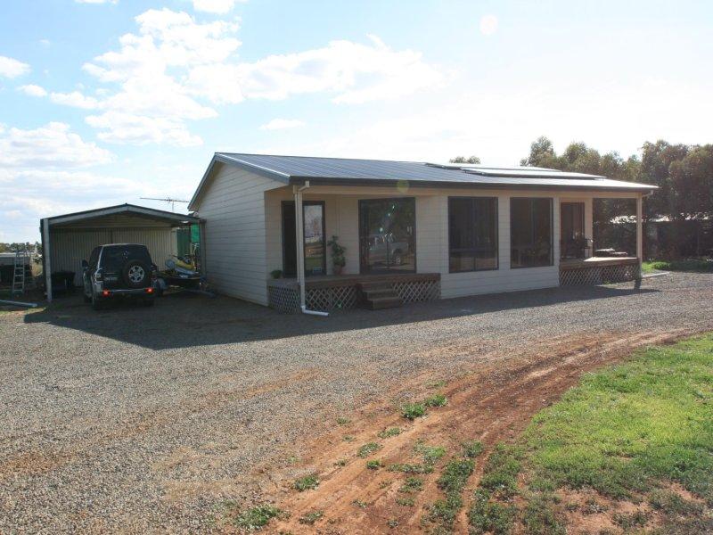 6 Racecourse Road, Balaklava, SA 5461