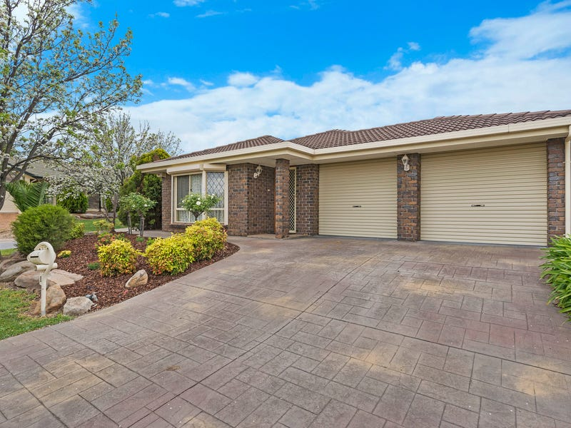 1 Magnus Court, Modbury Heights, SA 5092
