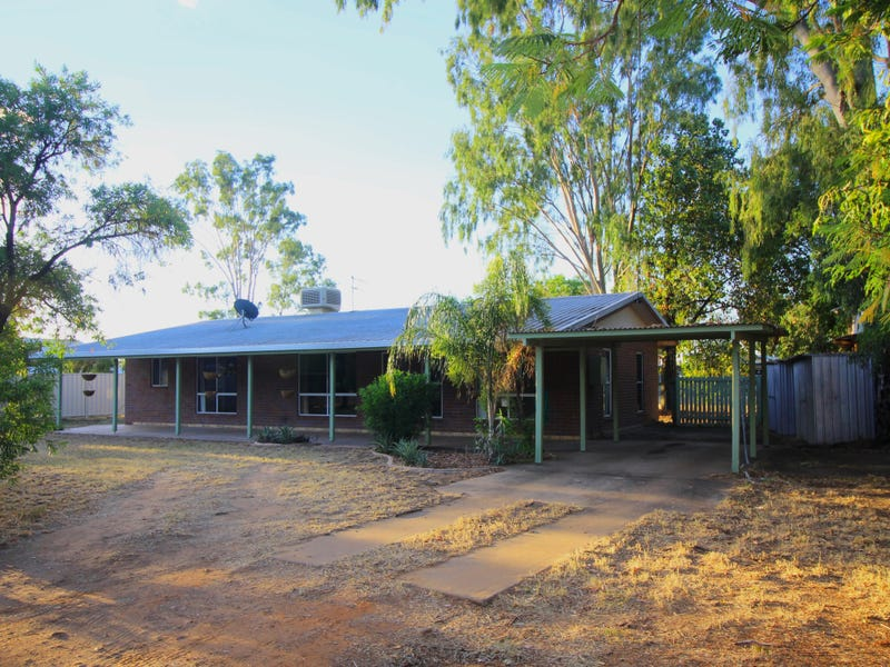 5 Hall Place, Emerald, Qld 4720