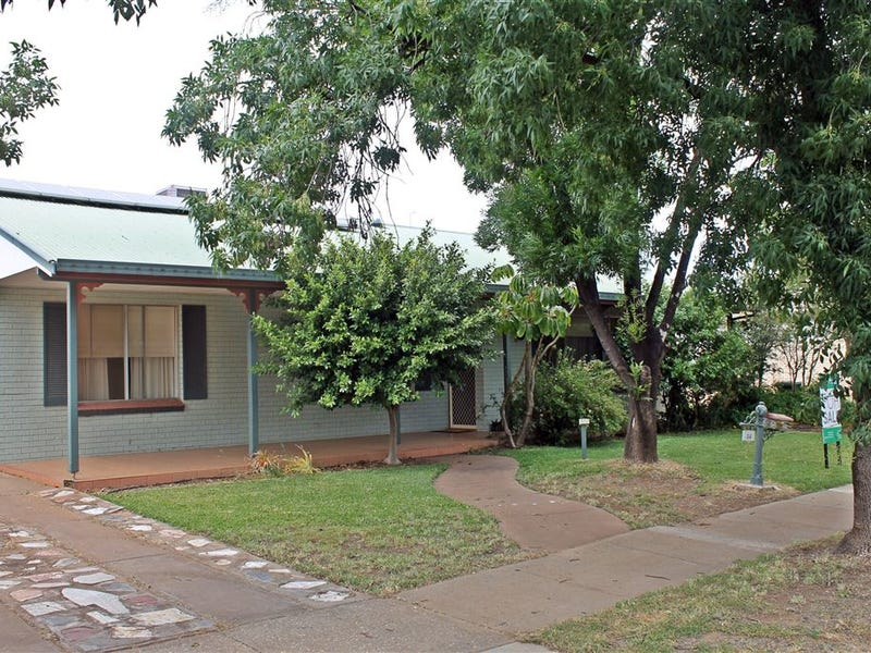 36 Court Street, West Wyalong, NSW 2671