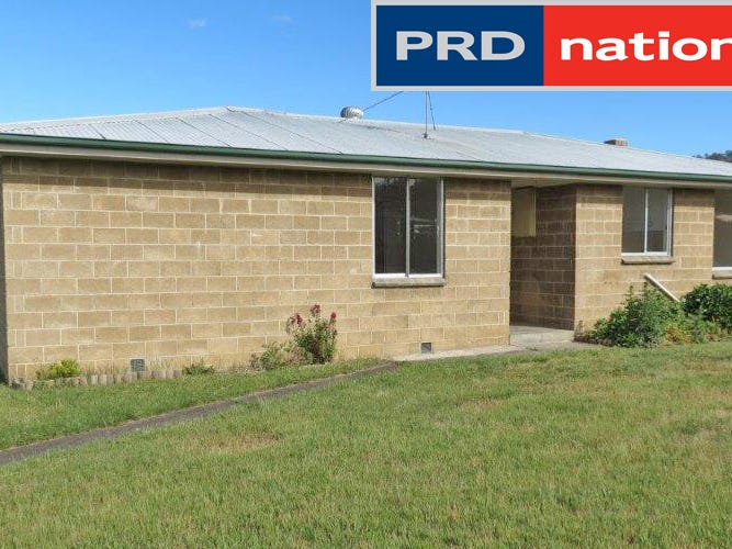 22 Britten Street, New Norfolk, Tas 7140