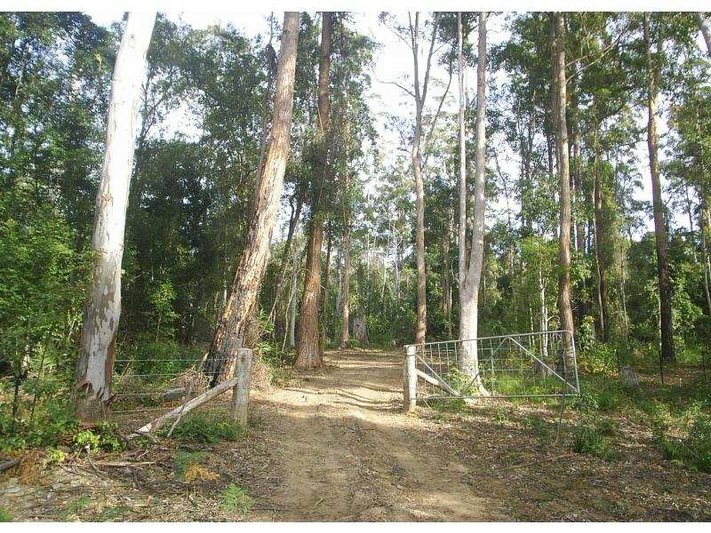 7898 Armidale Road, Billys Creek, NSW 2453