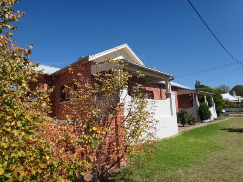 200 Bentinck Street, Bathurst, NSW 2795