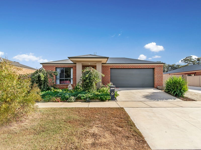 3 Edgewater Close, Eaglehawk, Vic 3556