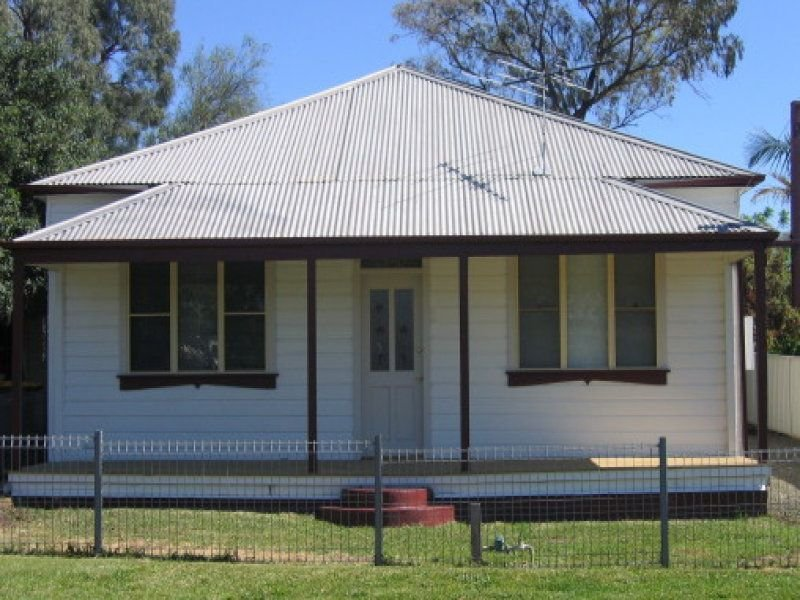 42 Daniel Street, Cessnock, NSW 2325