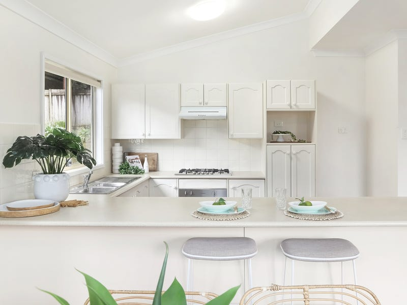 10 Irwin Place, Green Point, NSW 2251