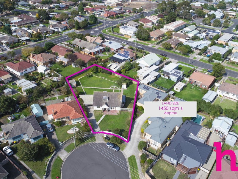 42 Glover Street, Newcomb, Vic 3219