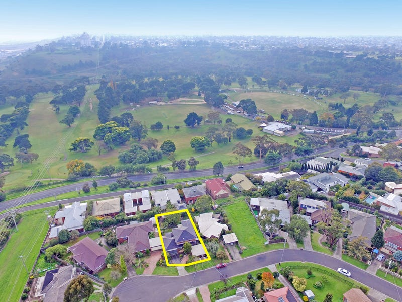 26 St Cloud Court, Highton, Vic 3216