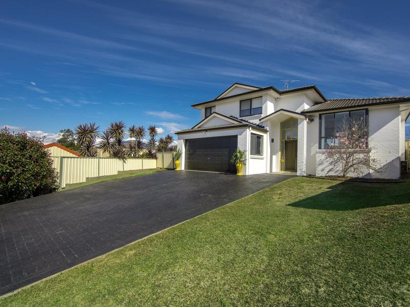 8 Jasmine Way, Thornton, NSW 2322