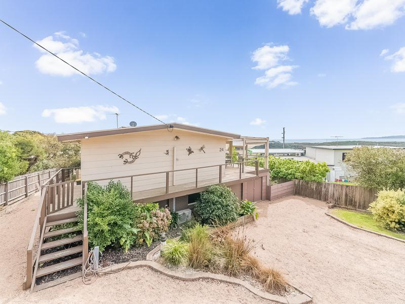 24 Bayview Avenue, Surf Beach, Vic 3922