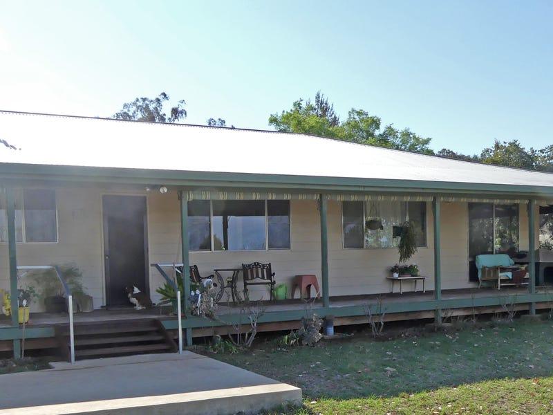 90 Pullmans Rd, Moore Creek, NSW 2340