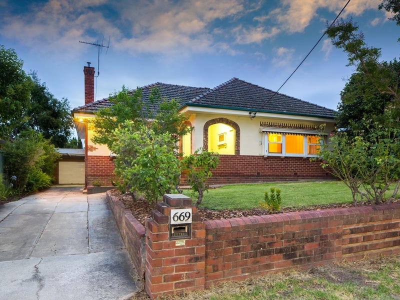 669 Sackville Street, Albury, NSW 2640