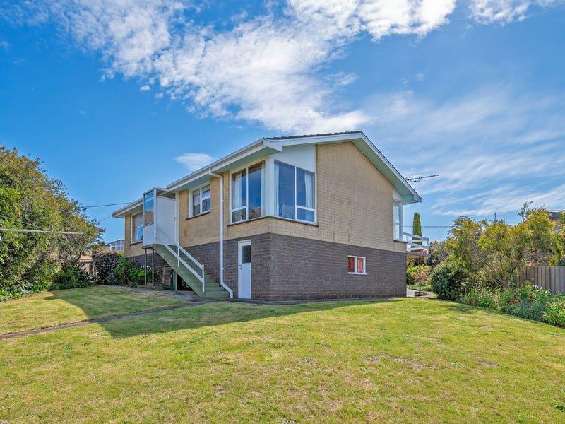 67 Upper Maud Street, West Ulverstone, Tas 7315