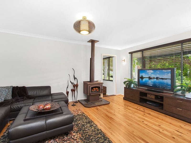 8 Hazel Crescent, Thirroul, NSW 2515