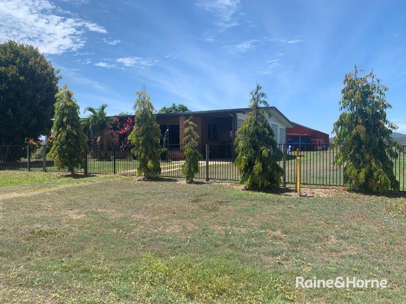 81 Bells Road, Newell, Qld 4873