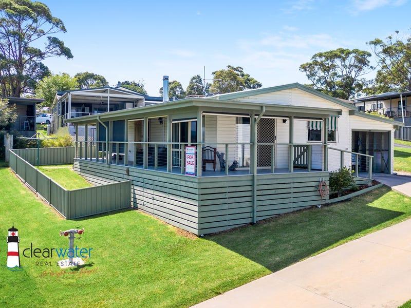8 Golf Road, Ingenia Ocean Lake Park, Wallaga Lake, NSW 2546